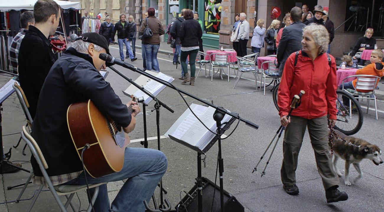 Musik an drei Orten untermalte den Schopfheimer offenen Sonntag    Foto: Hermann Jacob