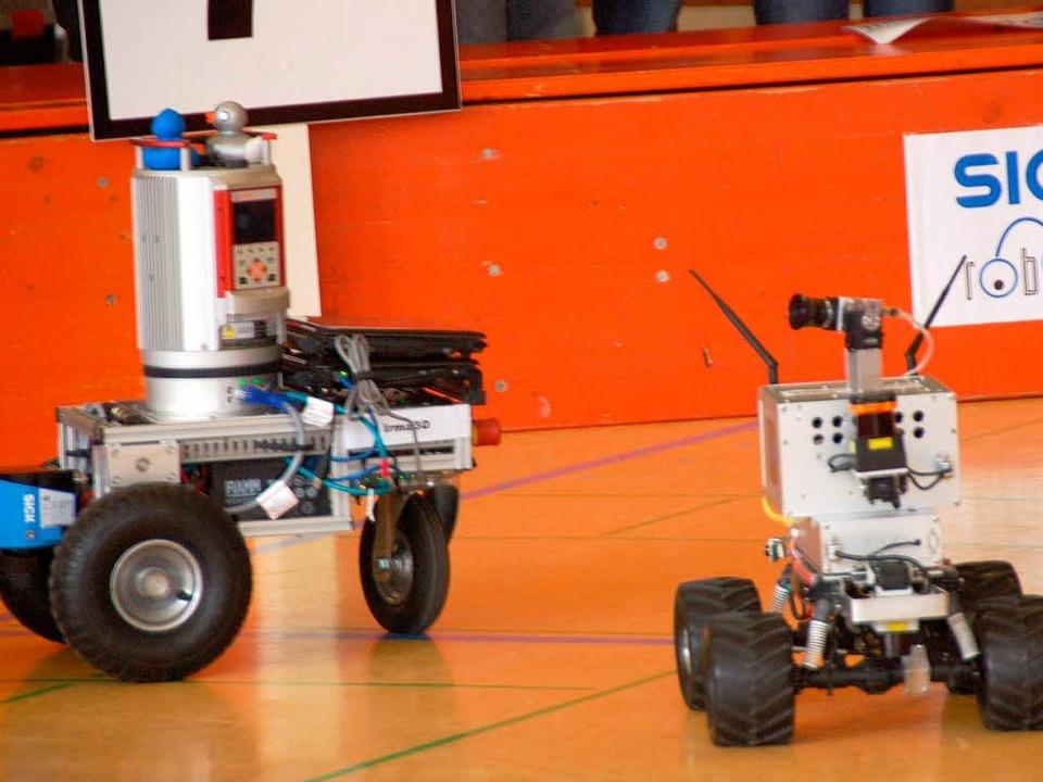 Fahrzeuge beim 3. Sick-Robot-Day im Jahre 2010 in Waldkirch.    Foto: Sylvia Timm