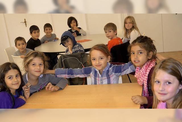 Schule mit Spiel, Spaß und Essen