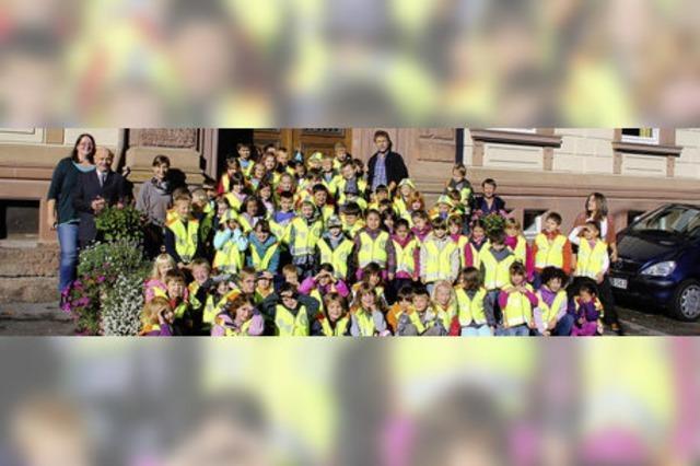 Gelb leuchtende Sicherheit für den Schulweg