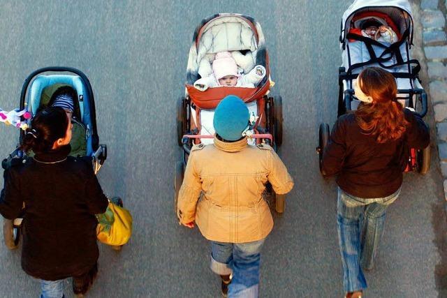 Mütter im Südwesten drängen auf Arbeitsmarkt