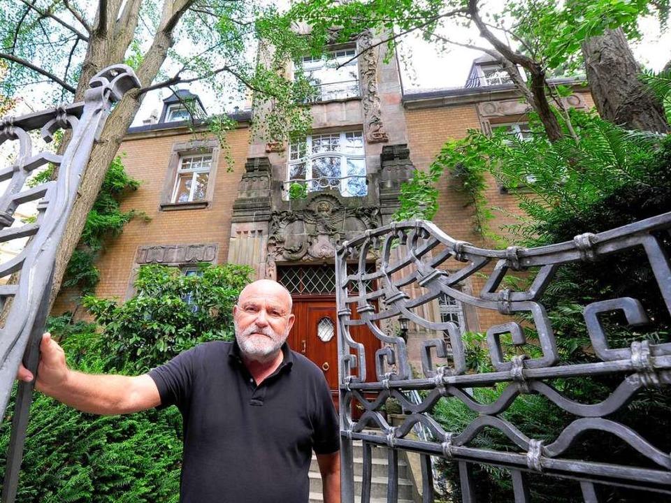 Ein wahres Schmuckstück ist die Villa von Hilmar Schleer an der Dreikönigstraße.    Foto: Ingo Schneider