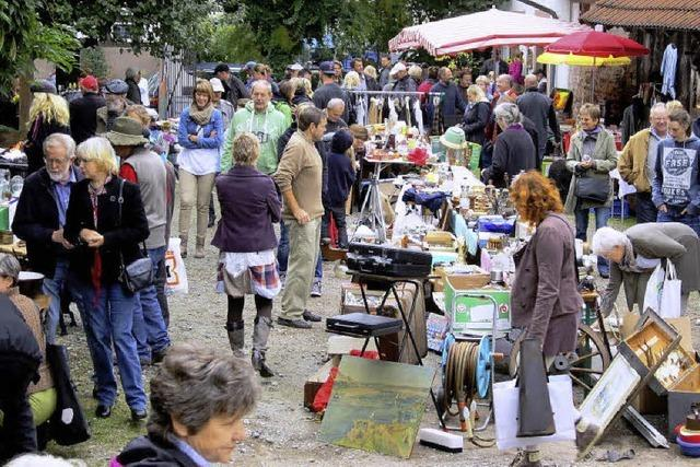 Kleines Volksfest mit 50 Marktbeschickern