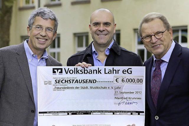 6000 Euro zur Förderung junger Musiker gespendet