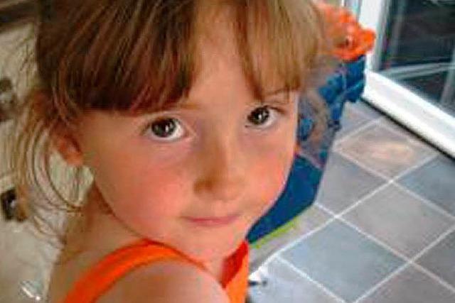 Hunderte fahnden nach einem vermissten Mädchen in Wales