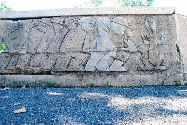 Ärger an der Goetheschule: Märchenbrunnen soll weichen