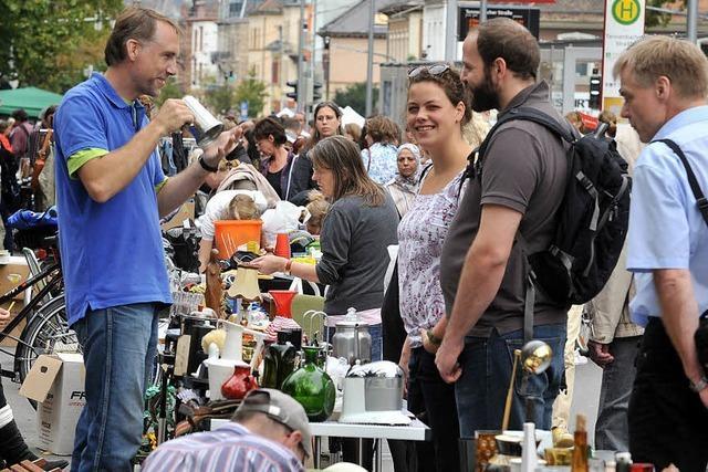 12000 Besucher beim Flohmarkt auf der Habsburger Straße