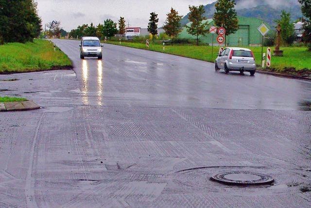 Straßenbau fällt ins Wasser