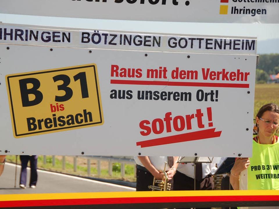Bei der Einweihung des ersten Bauabsch...ertigstellung der Straße bis Breisach.  | Foto: Kathrin Blum