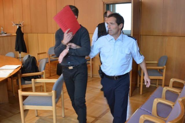 Im Tipico-Mordprozess streitet der Angeklagte weiter alles ab