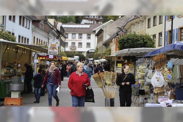Herbstmarkt in Schönau lockte zum Bummel