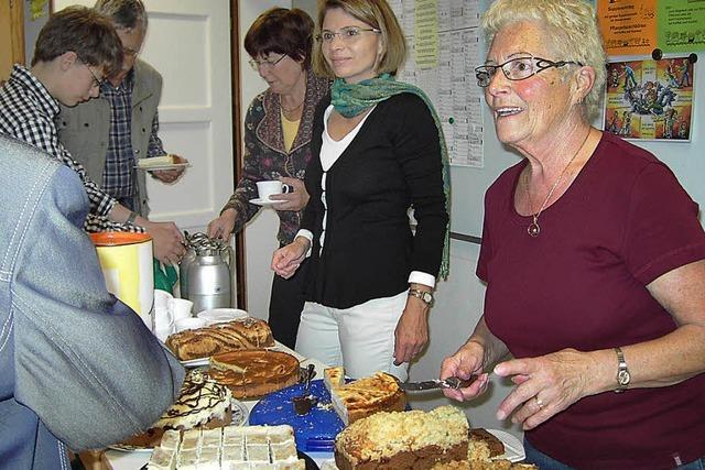Verschiedene Suppen standen beim Kirchenfest bereit