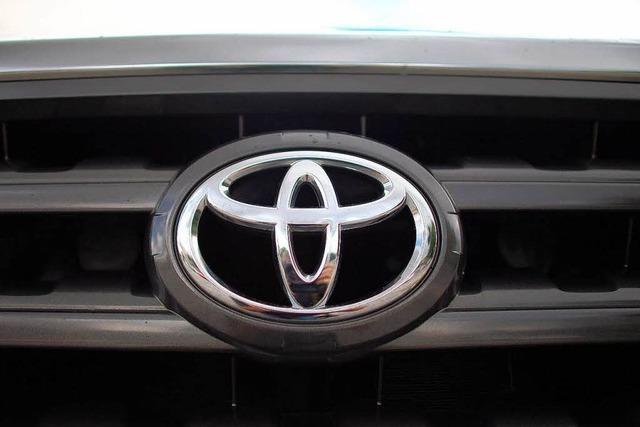 Toyota ruft weltweit Autos zurück