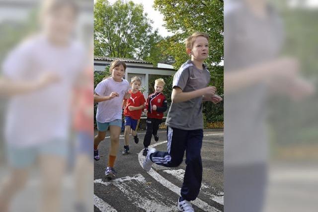 160 Schüler rennen beim ersten Sponsorenlauf