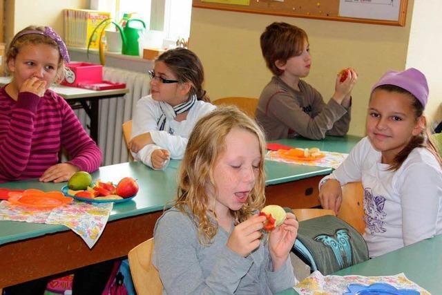 EU-Schulfruchtprogramm ermöglicht Obst und Gemüse als Pausensnack