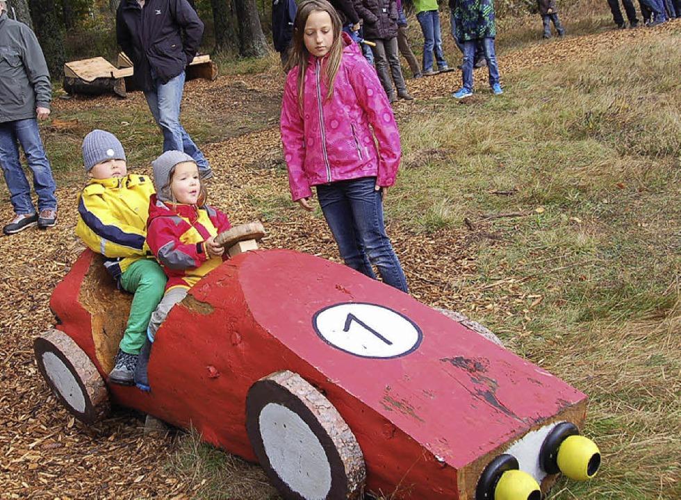 Im neuen Sinnespfad mit Entspannungsli...ergrund) sind die Kinder die Nummer 1.  | Foto: Ulrike Jäger