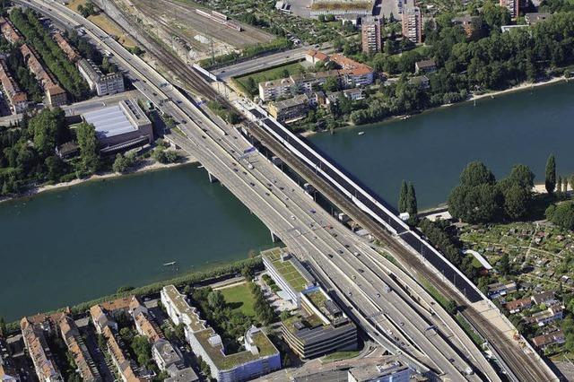 Die zweite Bahnbrücke über den Rhein in Basel wird eingeweiht