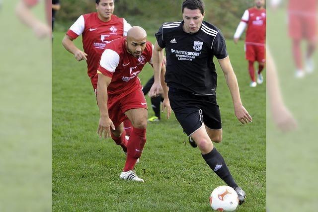 Verfolger des FC Schönau bleiben auf Distanz