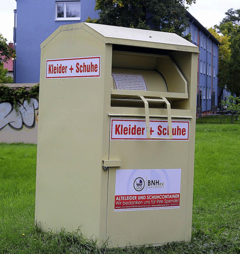 Eye Catching Container Aufstellen Ohne Baugenehmigung Best Choice Of Babynothilfe Stellt Genehmigung Altkleidercontainer Auf - Freiburg