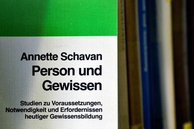 Merkel spricht Schavan das Vertrauen aus – vorerst