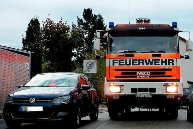 Test zeigt: Viele Autos blockieren die Feuerwehr