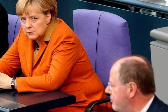 Rededuell mit Steinbrück: Merkel sucht den Schulterschluss