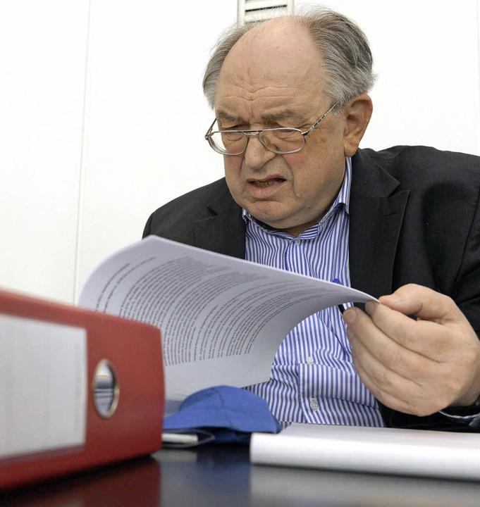 Werner Franke bei der Verhandlung in Freiburg   | Foto: Patrick Seeger/dpa