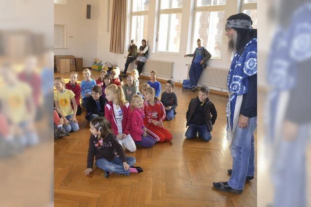 Das Thema Arche Noah interessiert 60 Kinder