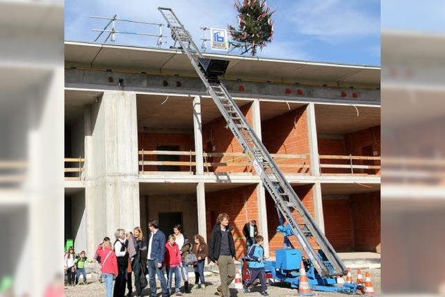Stadt und Kreis Baupartner bei Schule