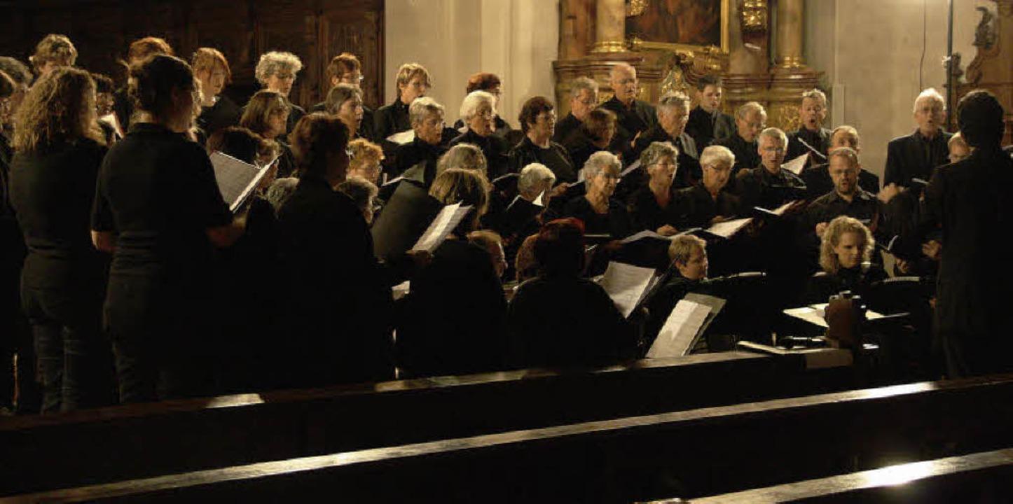 Zum Abschluss der Waldkircher Kulturwo...n beeindruckendes geistliches Konzert.  | Foto: Hans Jürgen Kugler