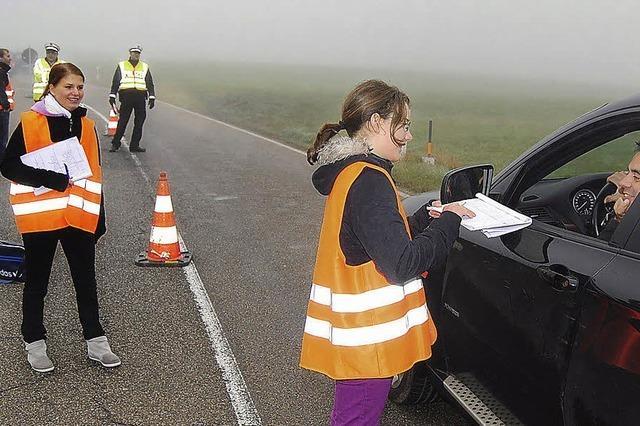Realschüler im Verkehrsgespräch