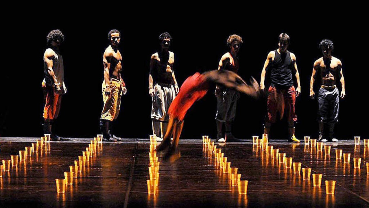 Dass der Choreograph nicht vom Ballett...d Boxsport kommt, ist offensichtlich.   | Foto: Zvg