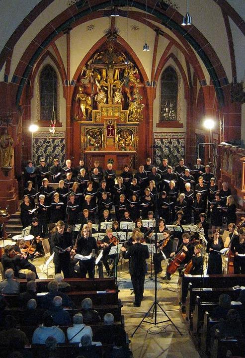 Festliche Geburtstagsfeier: Der Kirche...en mit einem  Konzert in Pfarrkirche.   | Foto: anne Freyer