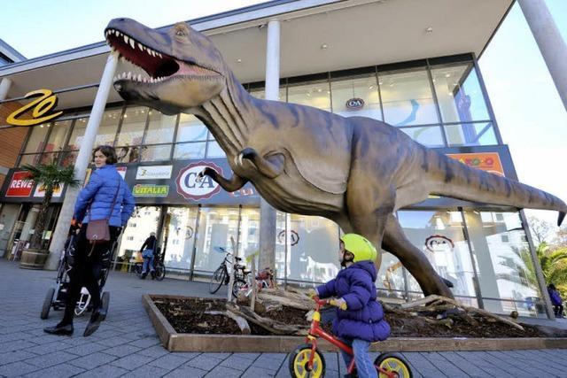 Urzeit-Dinosaurier im Zentrum Oberwiehre