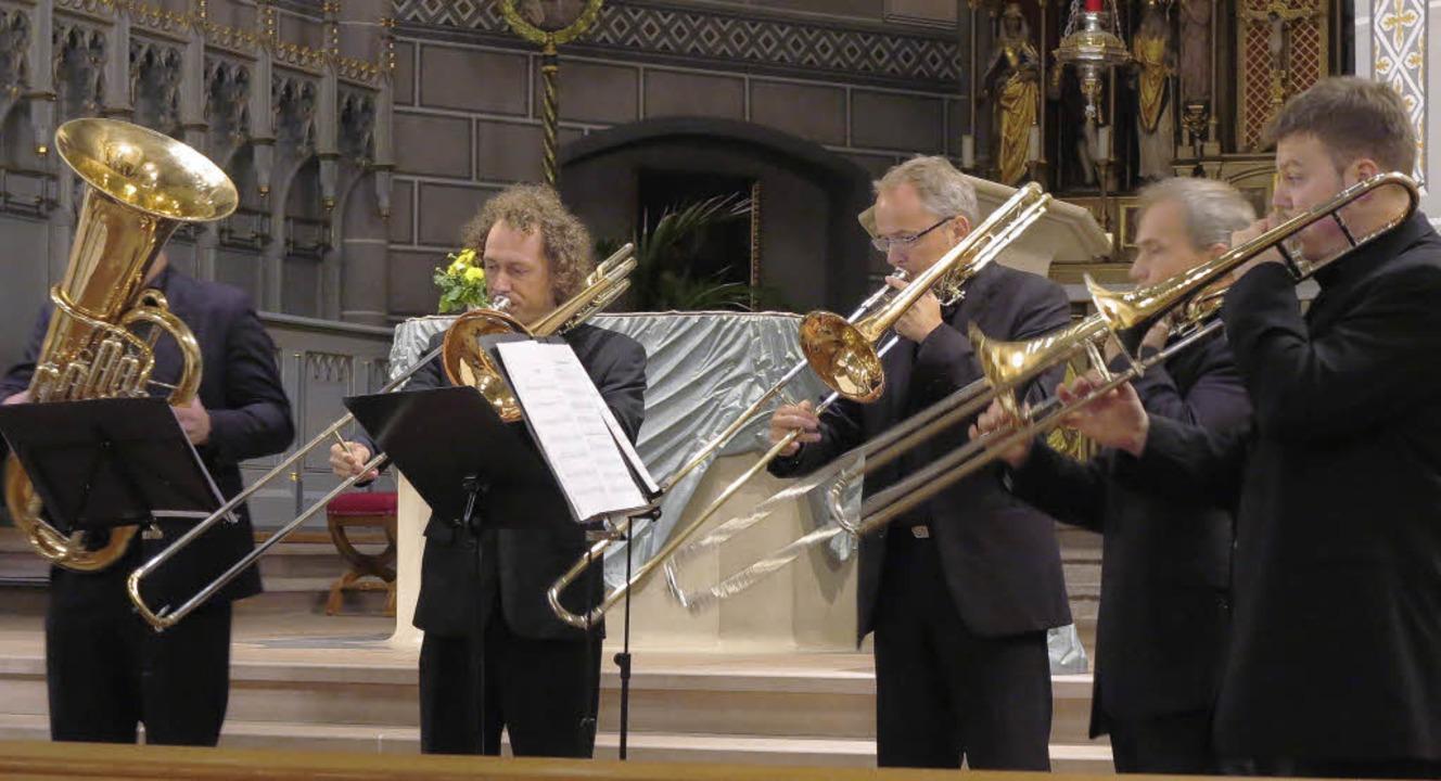 Posaunengruppe und Tuba aus dem Ensemb...Legno in der Staufener Martinskirche.   | Foto: Dorothee Philipp