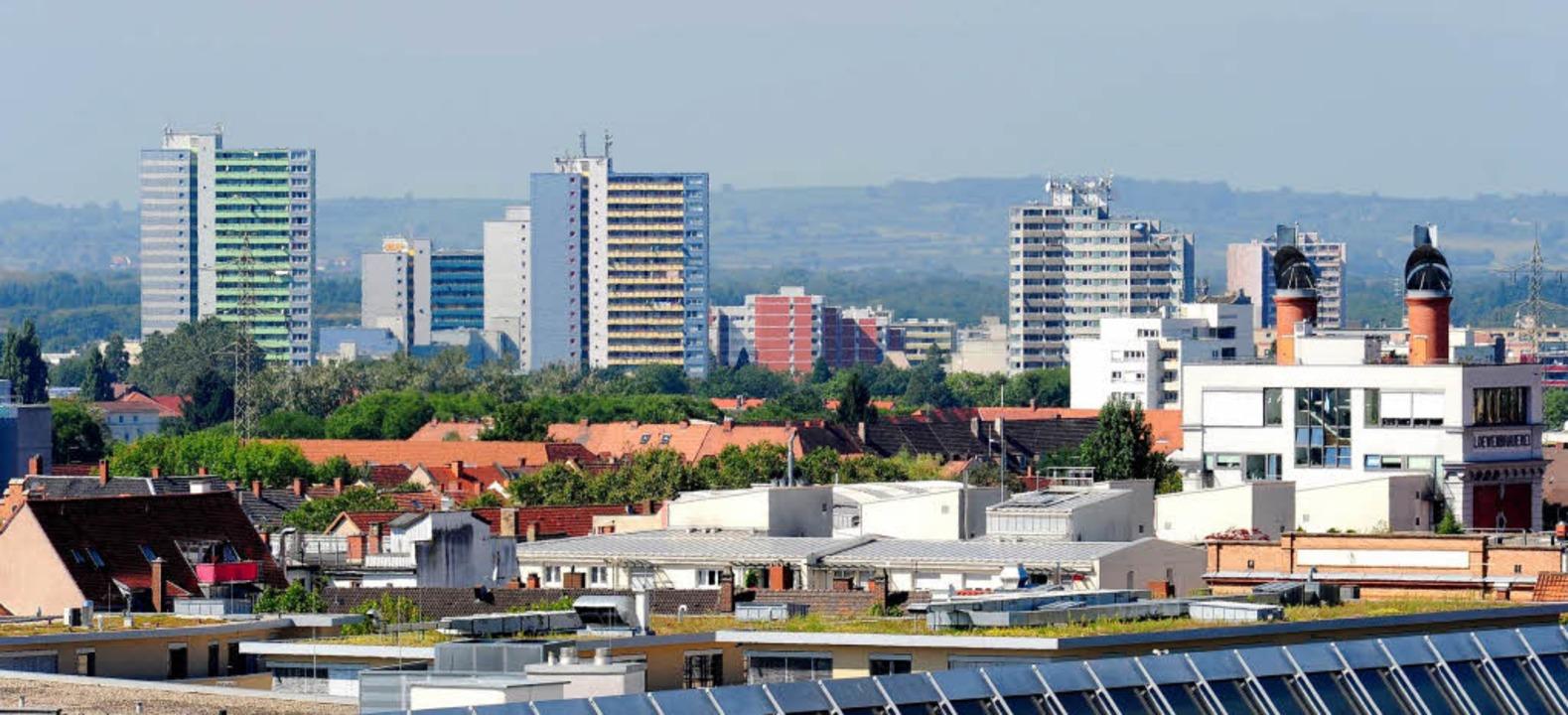 Blick über den Stadtteil Stühlinger au... eine Maklerprovision bezahlt werden.   | Foto: Ingo Schneider
