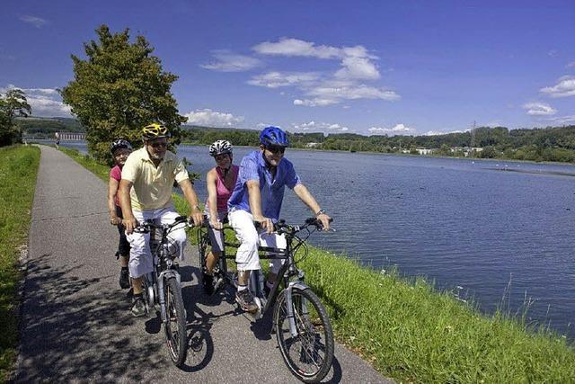 Mit dem Fahrrad über den Rhein radeln