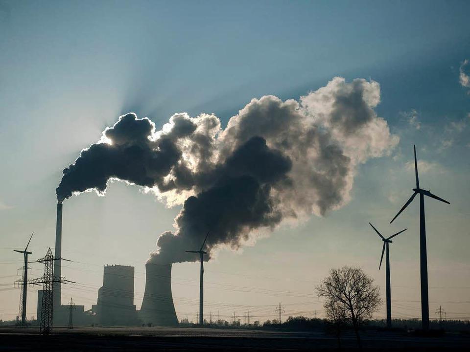 Deutschland verkauft jede Menge Strom ins Ausland.  | Foto: dapd