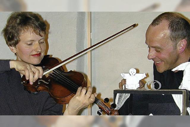 Ostjüdische Geschichten mit Geige und Papier