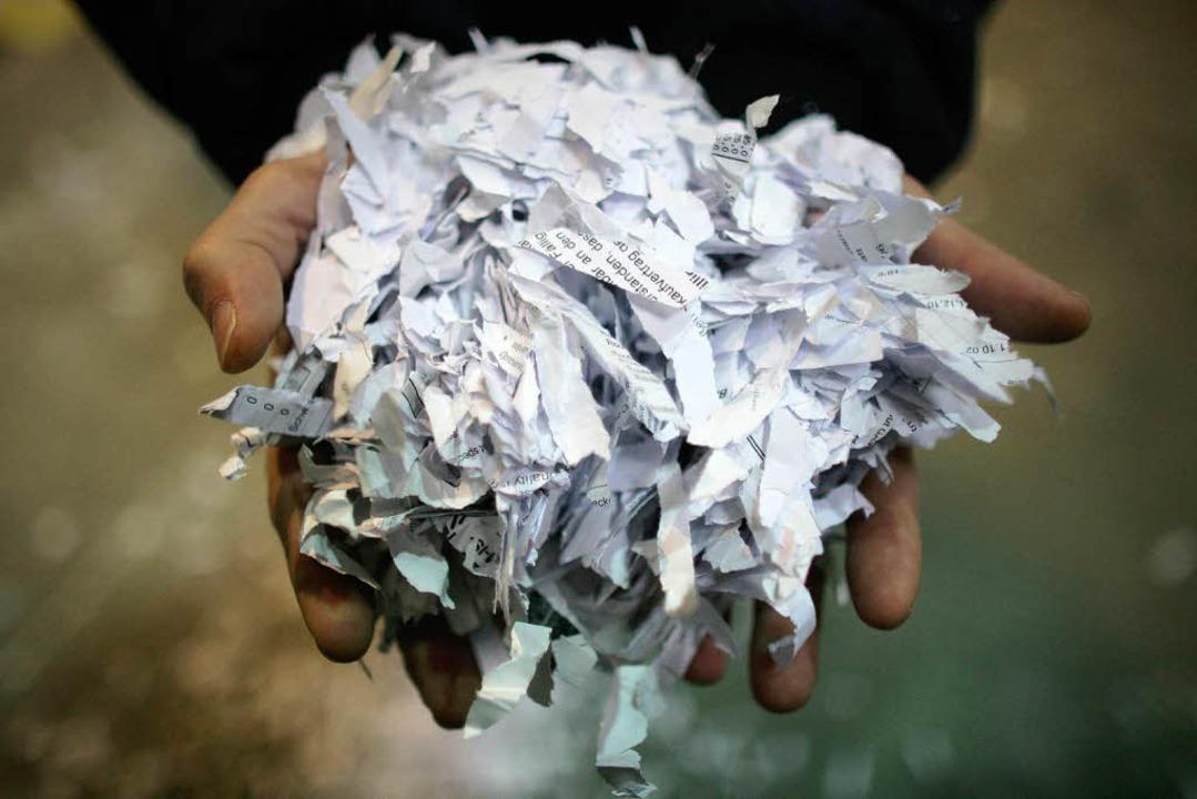 Dopingakten, die durch den Reißwolf ge...o für Verfechter des saubedren Sports.  | Foto: dpa