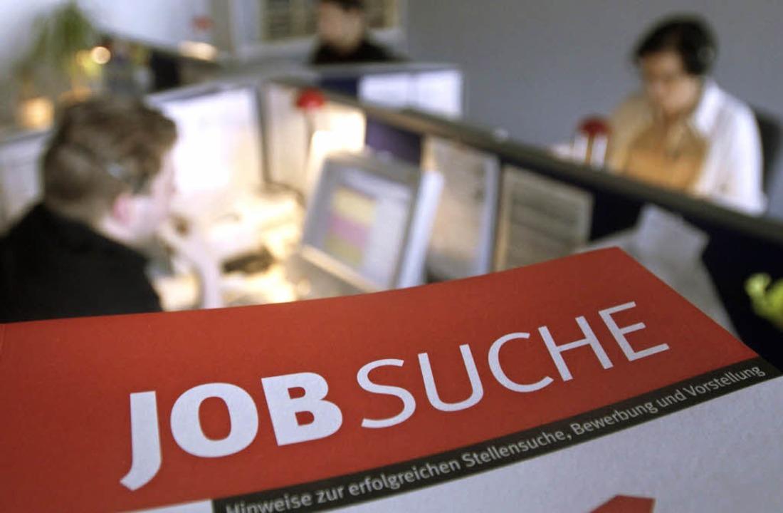 Gibt es Bewerber aus EU-Staaten, haben...linge das Nachsehen bei der Jobsuche.   | Foto: dapd