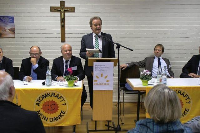 Umweltminister Untersteller stellt in Weisweil Energiekonzept vor