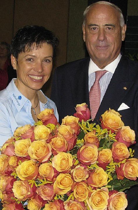 Sag's mit Blumen, dachte sich de... Sportbundes (BSB), Gundolf Fleischer.  | Foto: Michael Gottstein