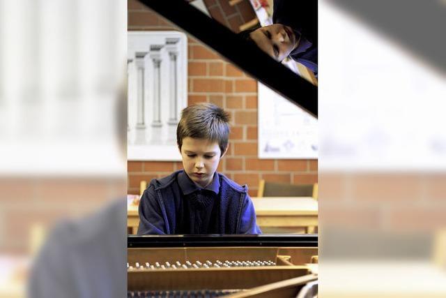 Elfjähriger studiert an der Freiburger Musikhochschule Klavier