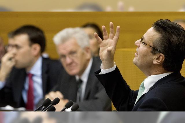 Opposition greift Grün-Rot hart an