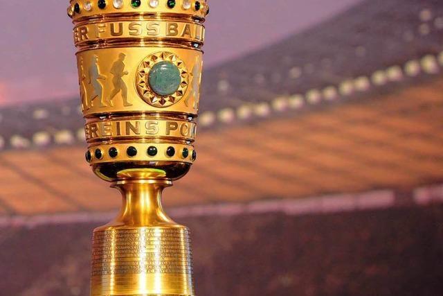 Pokalspiel KSC gegen SC Freiburg am 18. Dezember