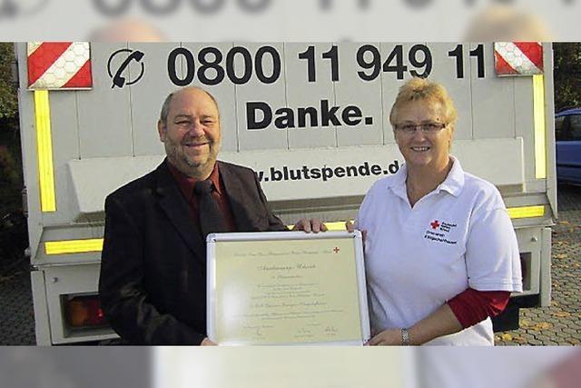 Fast 13 000 Blutspenden in 50 Jahren