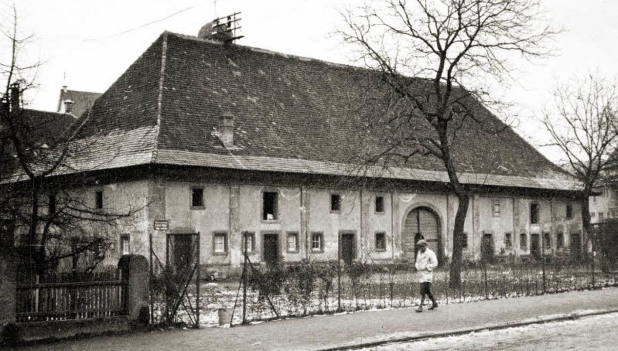 Die Scheune des ehemaligen Böhringer&#... der Reithalle zum Pfarrsaal vollzog.   | Foto: Stadtarchiv Freiburg