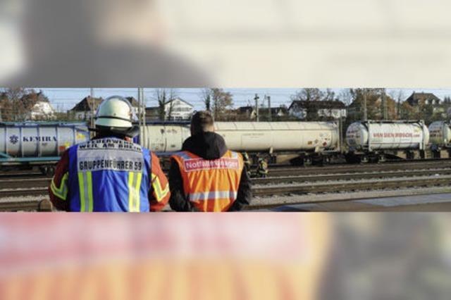 Gasalarm im Bahnhof – undichter Kesselwagen legt Zugverkehr lahm