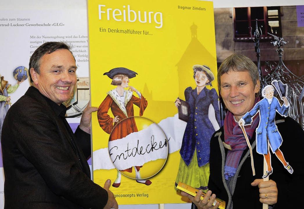 Ein Denkmalführer für Entdecker: Kunst...Uli Nocke stellten das neue Buch vor.   | Foto: thomas kunz